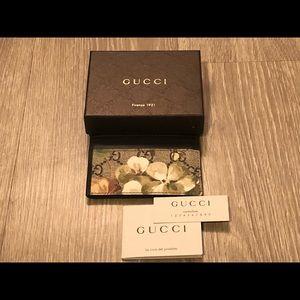 GUCCI Blooms Card Holder w/ ID Window